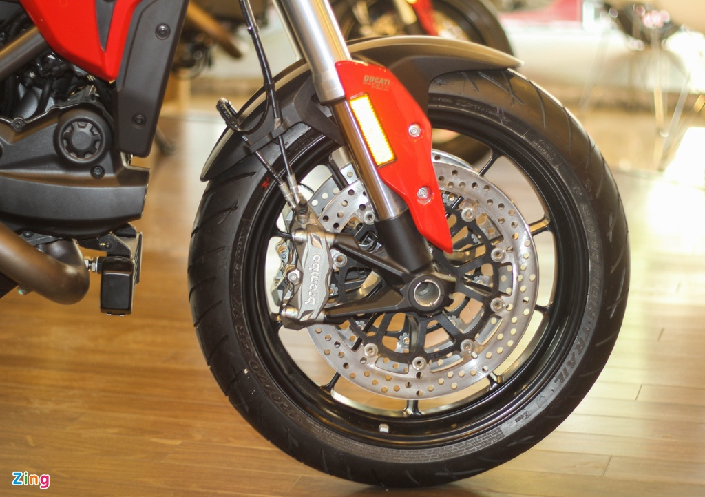 Ducati Hyperstrada 939 o Viet Nam anh 7