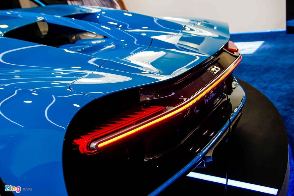 Bugatti Chiron ra mat tai Singapore anh 13