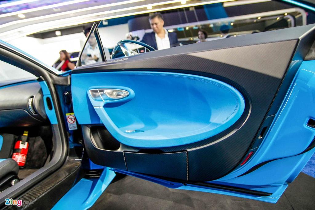 Bugatti Chiron ra mat tai Singapore anh 16