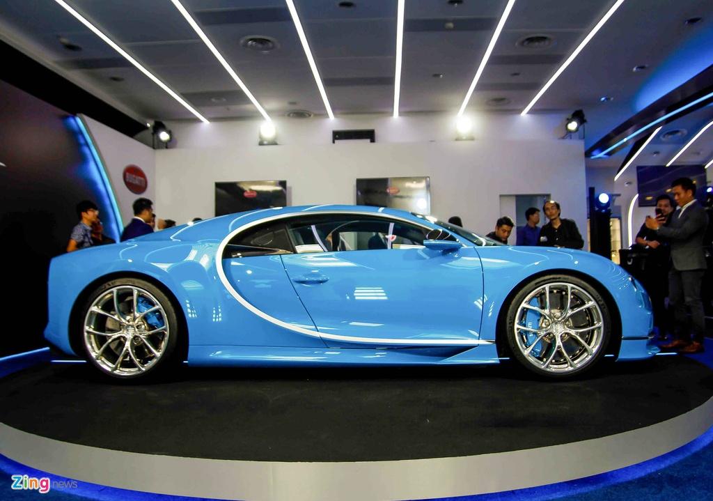 Bugatti Chiron ra mat tai Singapore anh 8