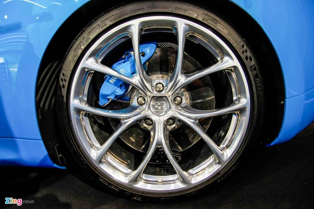 Bugatti Chiron ra mat tai Singapore anh 11