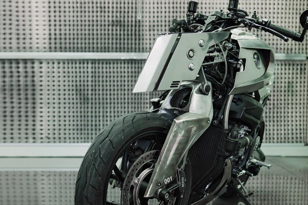 BMW K1200S do kieu robot bien hinh hinh anh 2