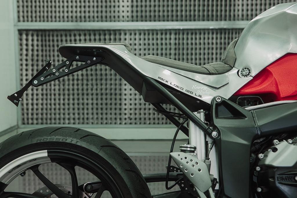 BMW K1200S do kieu robot bien hinh hinh anh 4