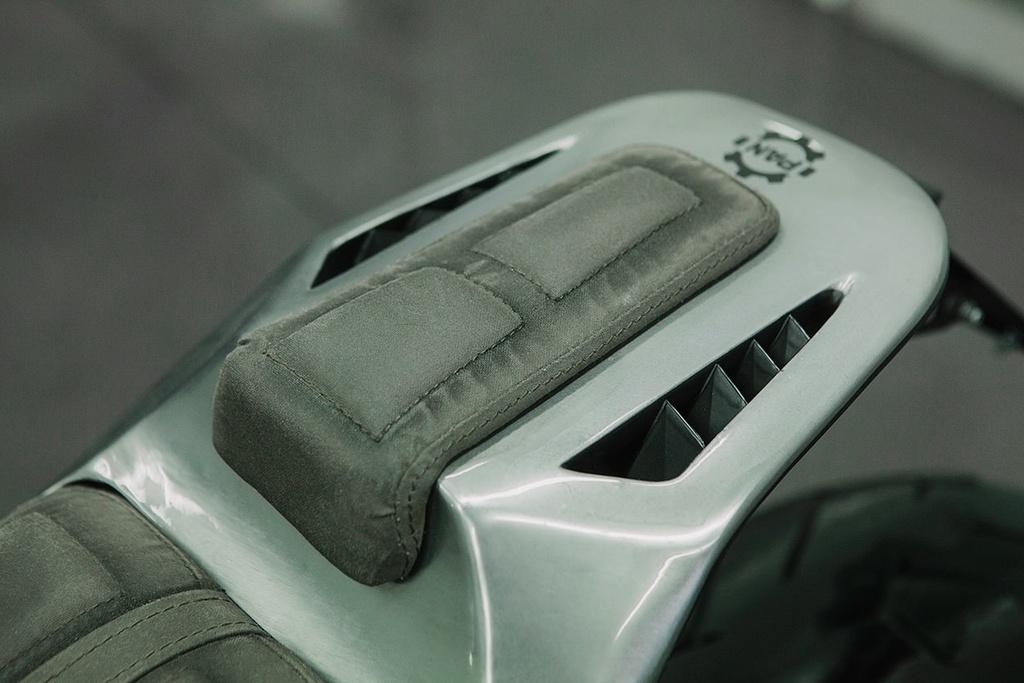 BMW K1200S do kieu robot bien hinh hinh anh 8