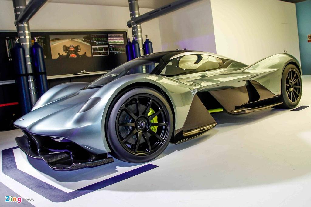 Chi tiet Aston Martin 3,2 trieu USD moi ra mat tai Singapore hinh anh 3