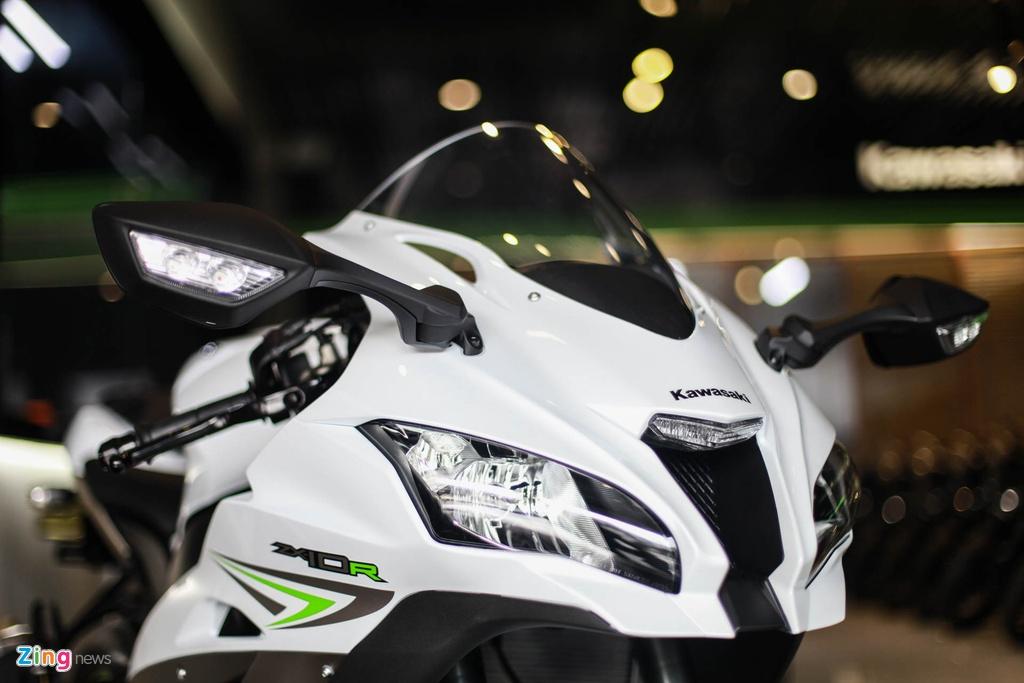 Kawasaki Ninja ZX 10R 2017 dau tien ve Viet Nam hinh anh 8