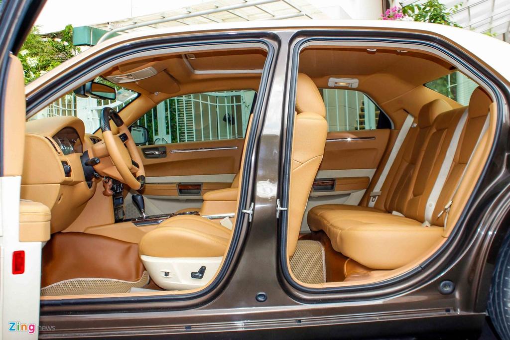 Tho Viet do Chrysler 300C thanh 'Rolls-Royce' het 200 trieu hinh anh 12
