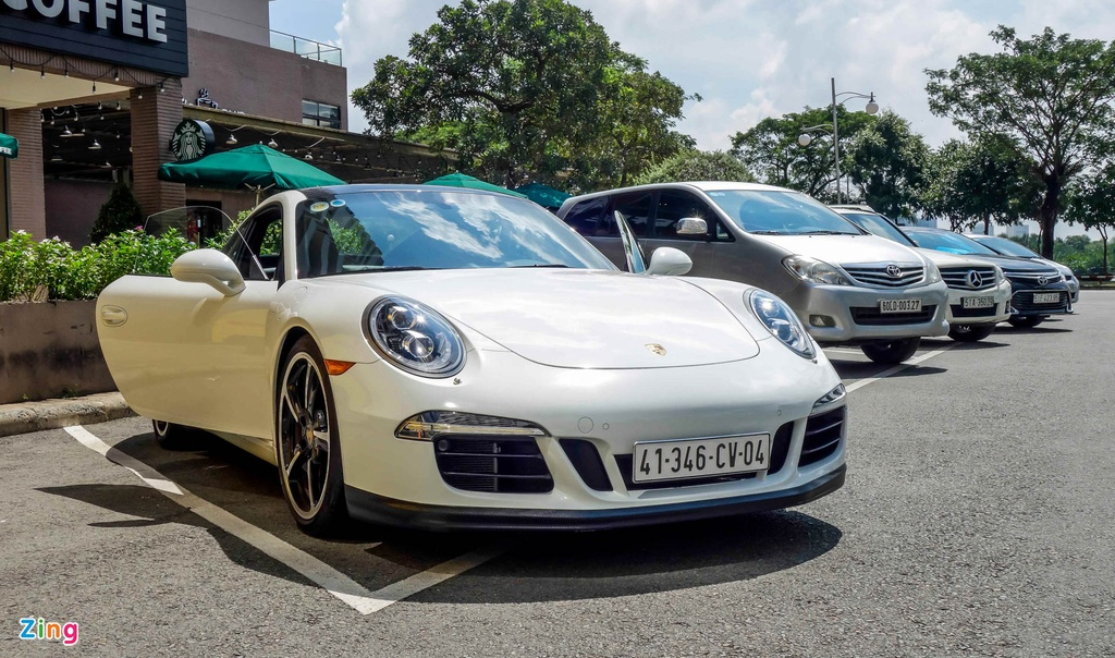 Porsche Carrera S tai Viet Nam anh 10