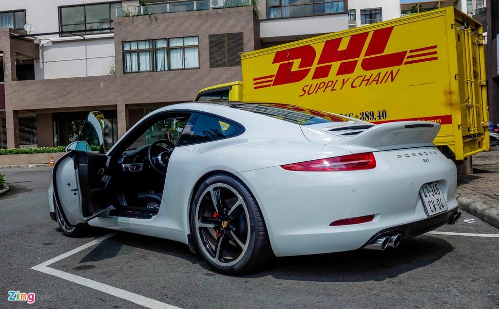 Sieu xe Porsche ban so luong han che tai Sai Gon hinh anh 3