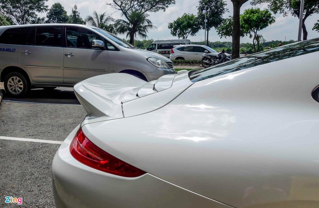 Sieu xe Porsche ban so luong han che tai Sai Gon hinh anh 6