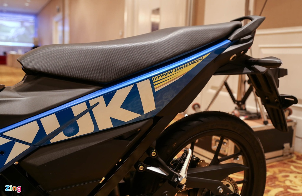 Anh Suzuki Raider 2016: Doi thu Exciter, Winner 150 tai VN hinh anh 10