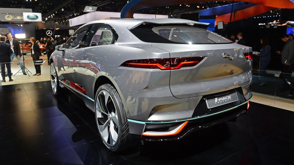 Jaguar I-Pace concept: Tuong lai cua SUV dien hinh anh 2