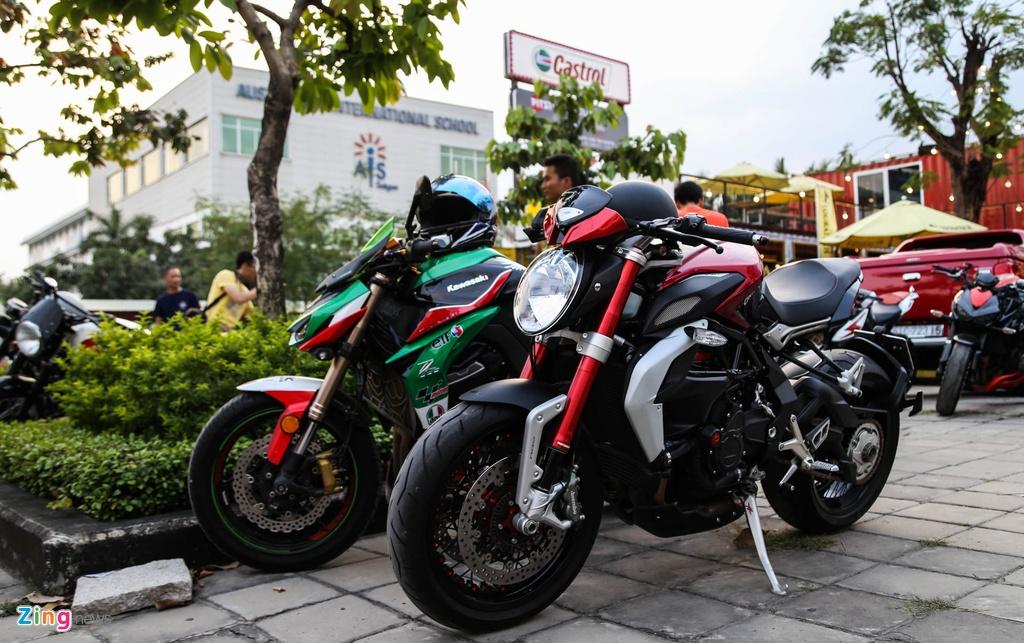 sieu xe va moto tap trung o Sai Gon anh 3