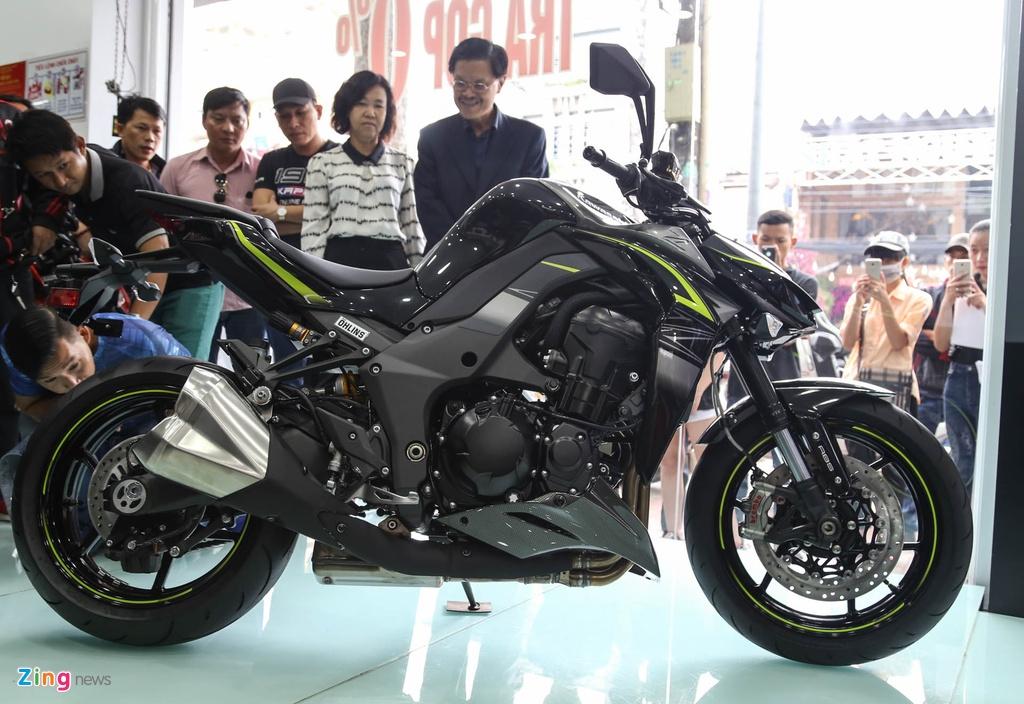 Kawasaki Z1000 2017 ra mat tai VN, gia tu 399 trieu dong hinh anh 1