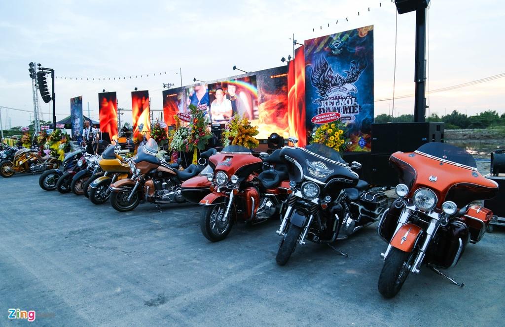 Hang nghin biker hoi ngo mung sinh nhat Saigon Free Chapter hinh anh 9
