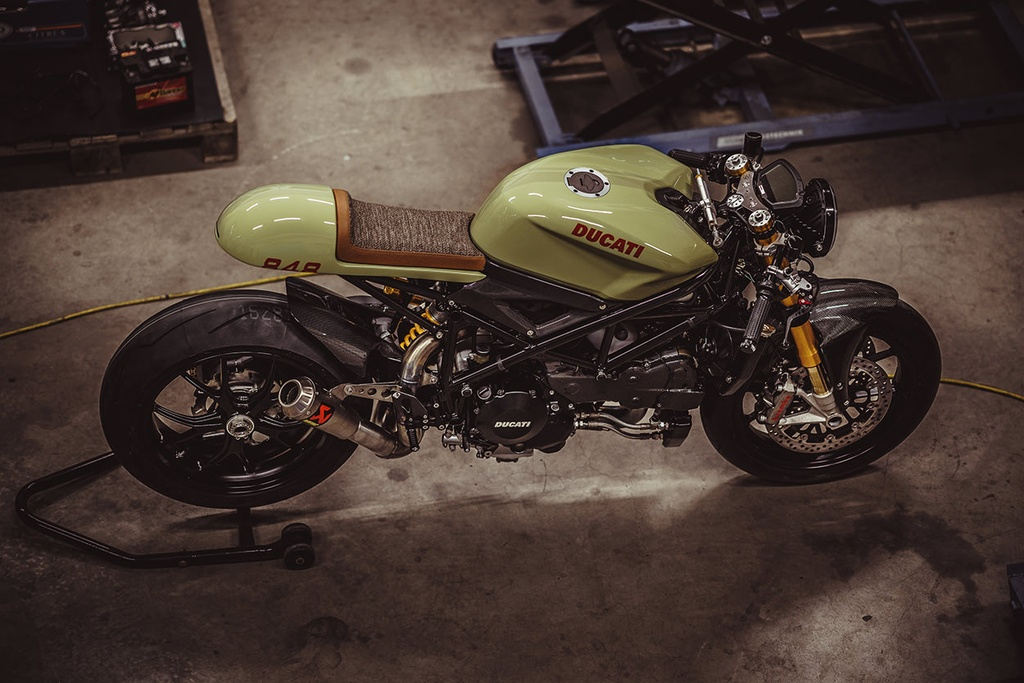Do sportbike Ducati 848 Evo thanh cafe racer hinh anh 7