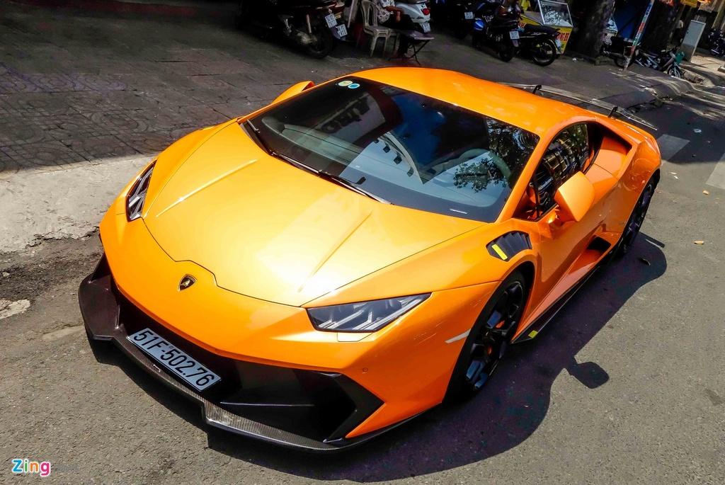 Sieu xe Lamborghini Huracan do kieu xe dua o Sai Gon hinh anh 1
