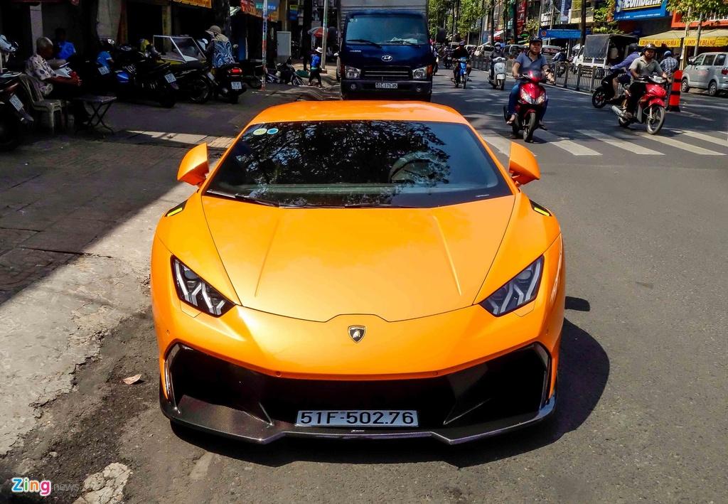 Sieu xe Lamborghini Huracan do kieu xe dua o Sai Gon hinh anh 3