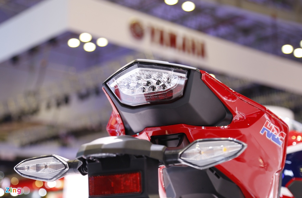 Chi tiet sieu moto Honda CBR1000RR 2017 tai Viet Nam hinh anh 13