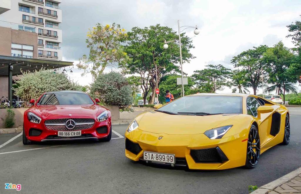 Cuong Do La mua them sieu xe Mercedes GT hon 8 ty hinh anh 10
