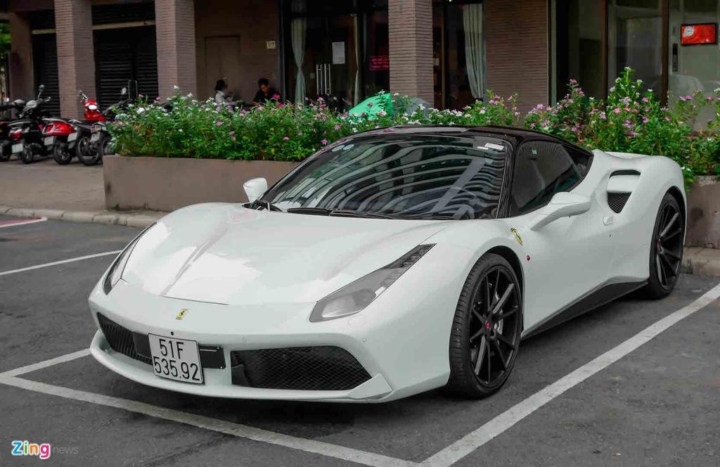 Sieu xe Ferrari 488 GTB cua Cuong Do La anh 3