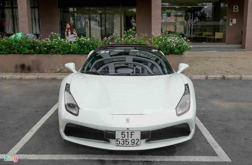 Sieu xe Ferrari 488 GTB cua Cuong Do La anh 5