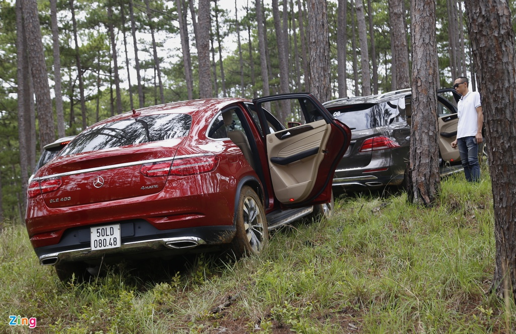 Mercedes GLE chuc ty off-road anh 12