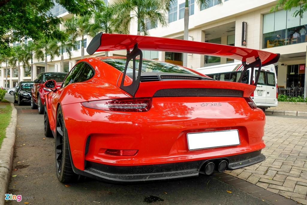 Cuong Do La tu tay rua sieu xe Porsche 911 GT3 moi tau hinh anh 2