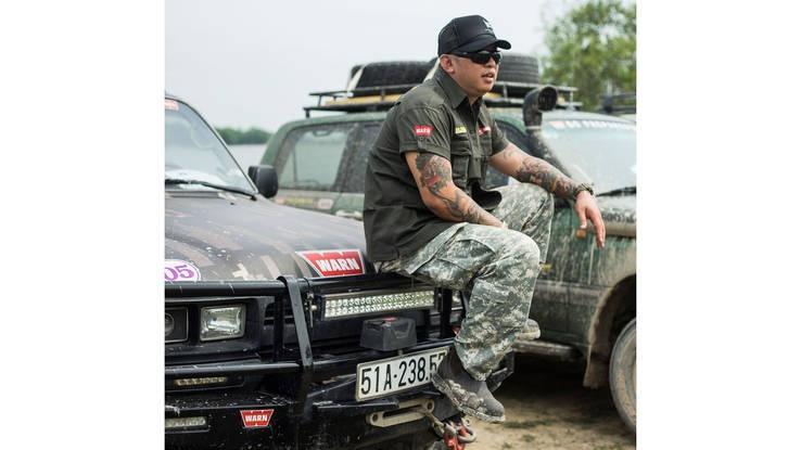 Bao My noi ve bon chang trai Viet dam me off-road hinh anh 1