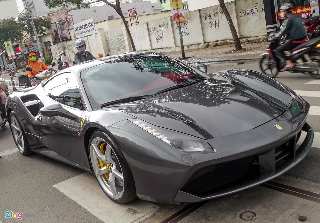 Cuong Do La mua sieu xe Ferrari anh 7