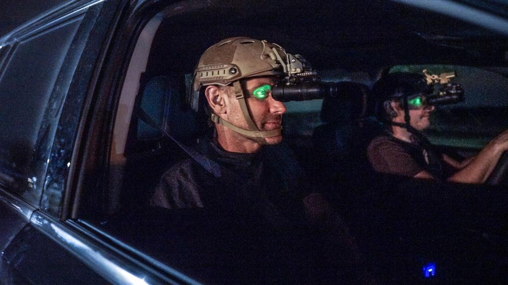 Chevrolet Tahoe - 'xe ma' ho tro luc luong dac nhiem hinh anh 17