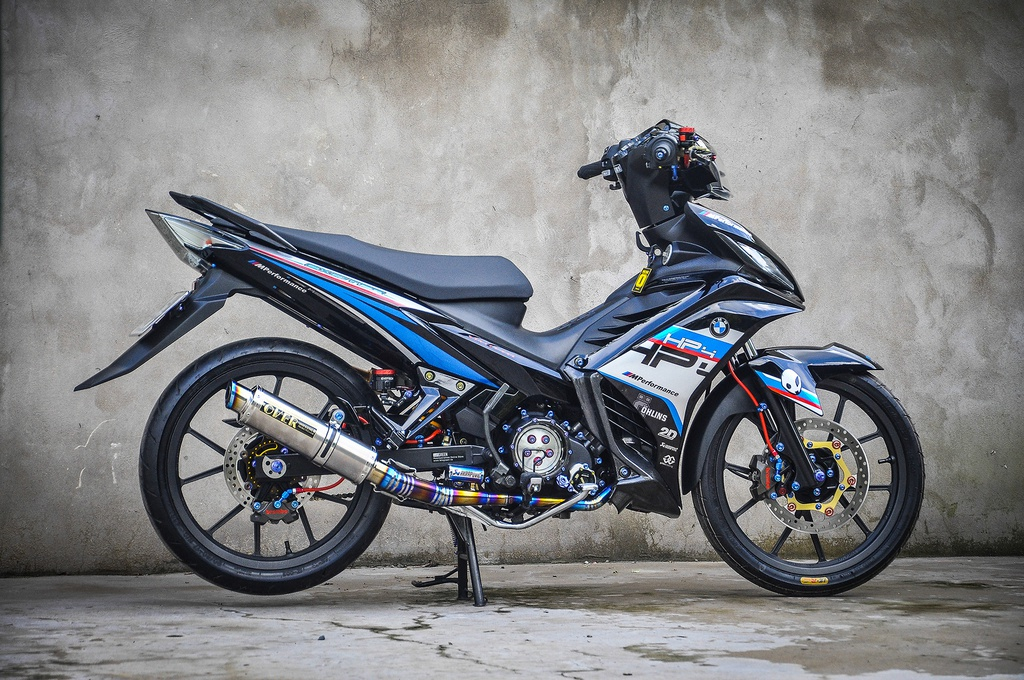 Exciter 135 do phong cach HP4 cua fan BMW o Can Tho hinh anh 1