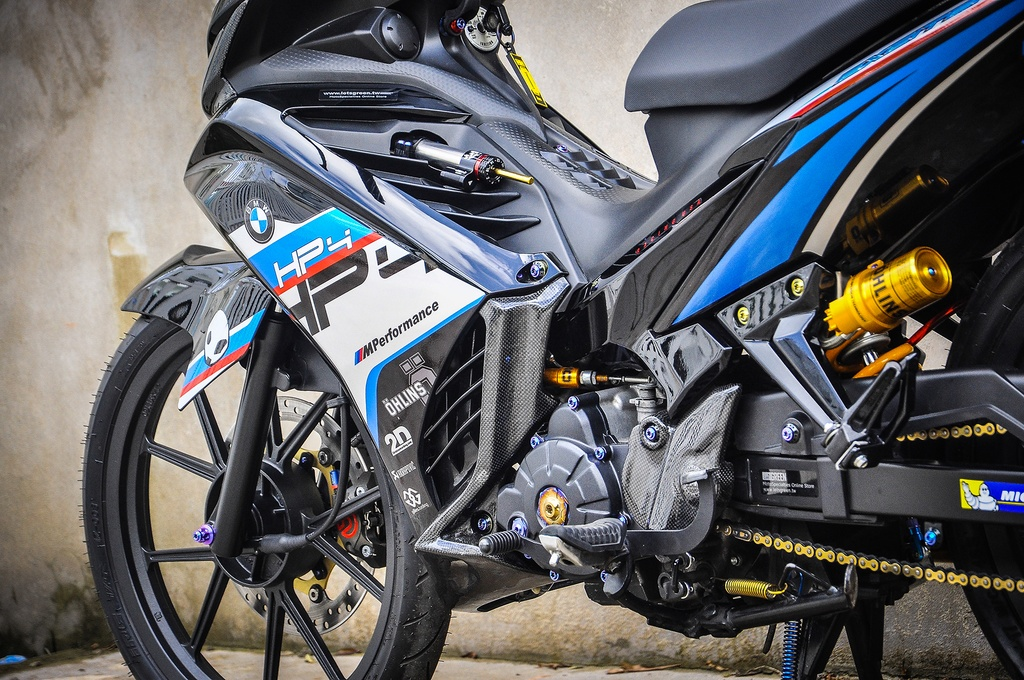 Exciter 135 do phong cach HP4 cua fan BMW o Can Tho hinh anh 8