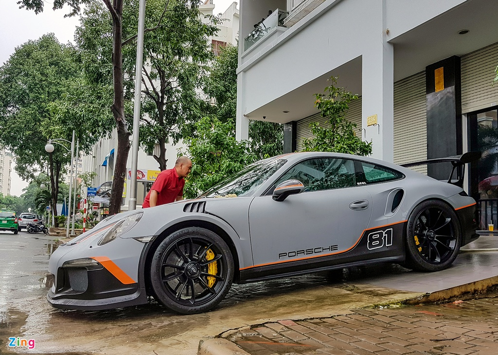 Quoc Cuong Gia Lai do Porsche 911 GT3 goi nho Car Passion hinh anh 4