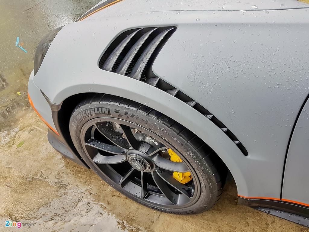 Quoc Cuong Gia Lai do Porsche 911 GT3 goi nho Car Passion hinh anh 5