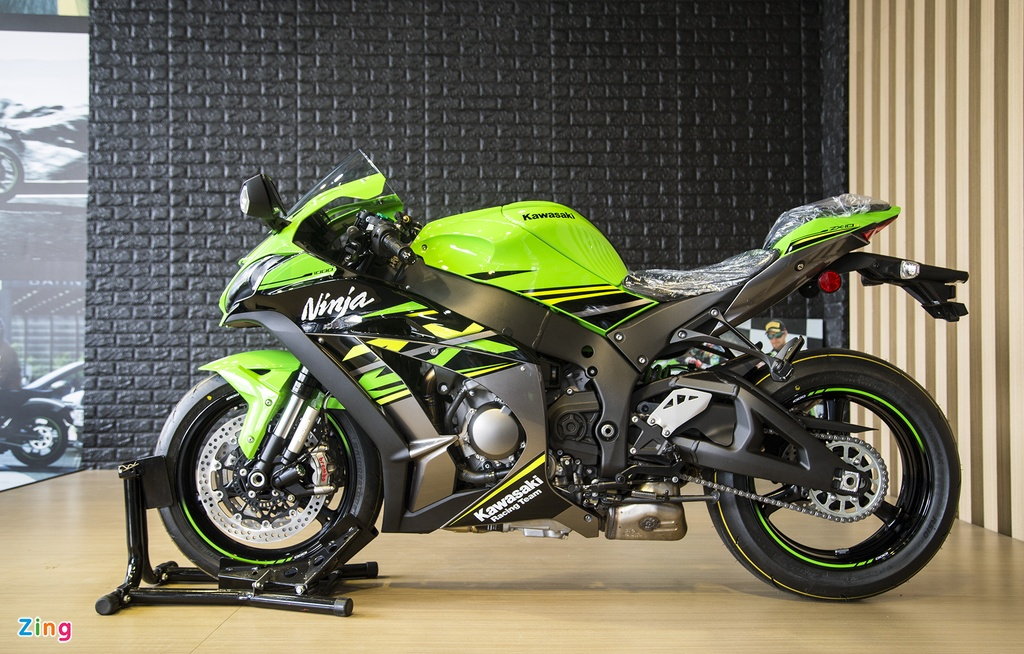 Chi tiet sieu moto Kawasaki ZX-10R gia 549 trieu dong tai VN hinh anh 1