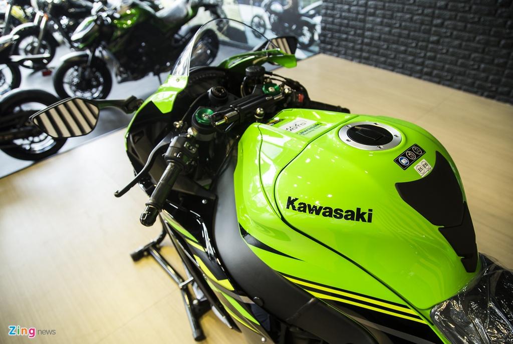 Chi tiet sieu moto Kawasaki ZX-10R gia 549 trieu dong tai VN hinh anh 9