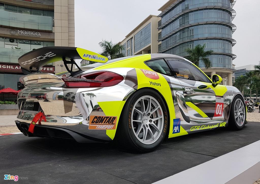 Xe dua la mat Porsche Cayman GT4 o Sai Gon hinh anh 5