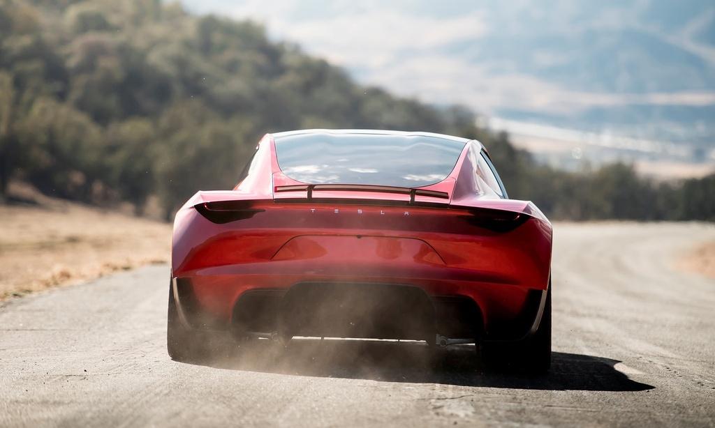 9 dieu bien Tesla Roadster thanh 'iPhone X' cua lang xe hoi hinh anh 2