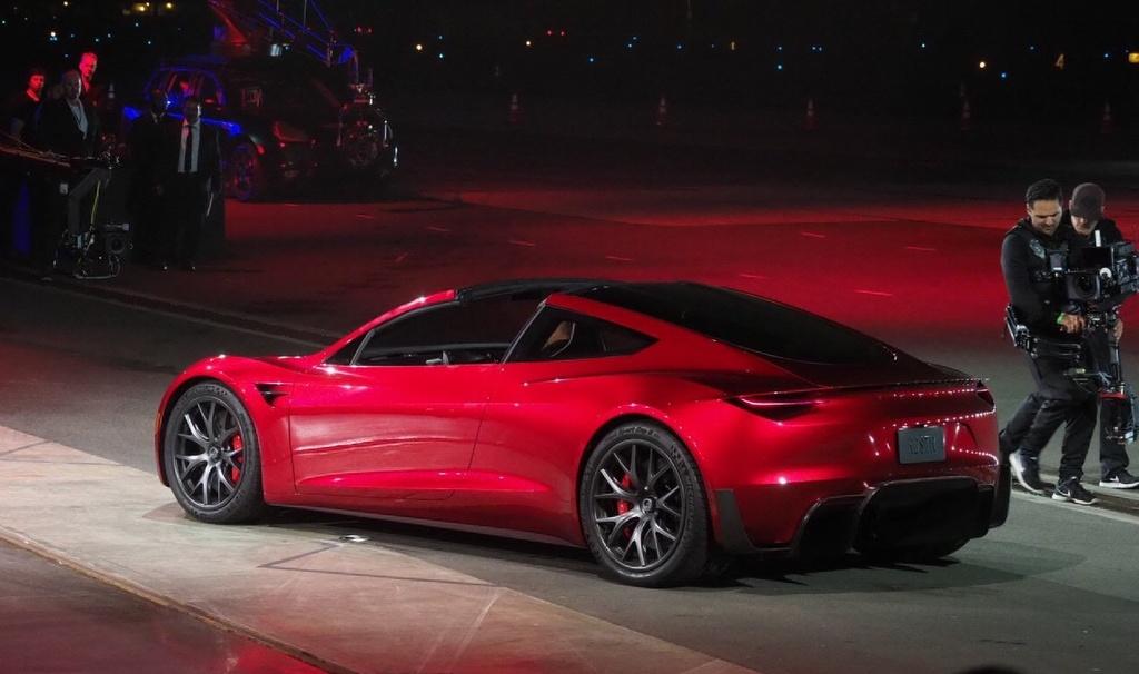 9 dieu bien Tesla Roadster thanh 'iPhone X' cua lang xe hoi hinh anh 7