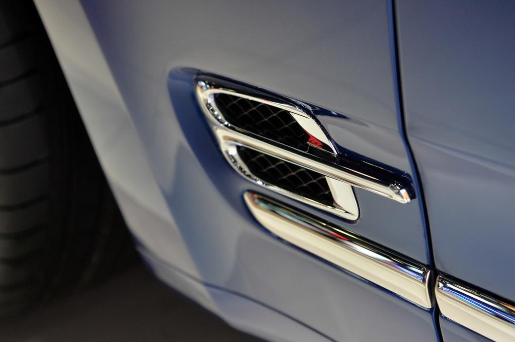 Bentley gioi thieu Mulsanne mui tran o Dubai, gia 3,5 trieu USD hinh anh 6