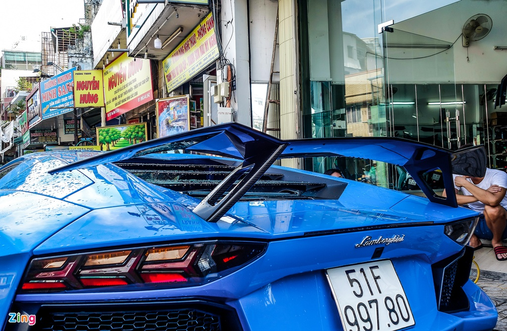 Lamborghini Aventador Sai Gon anh 4