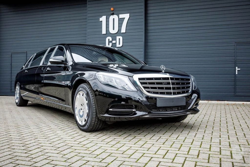 Mercedes-Maybach S600 Pullman anh 1