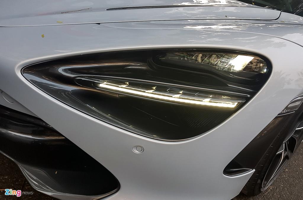 Sieu xe McLaren 720S lan dau xuat hien tren duong Sai Gon hinh anh 3