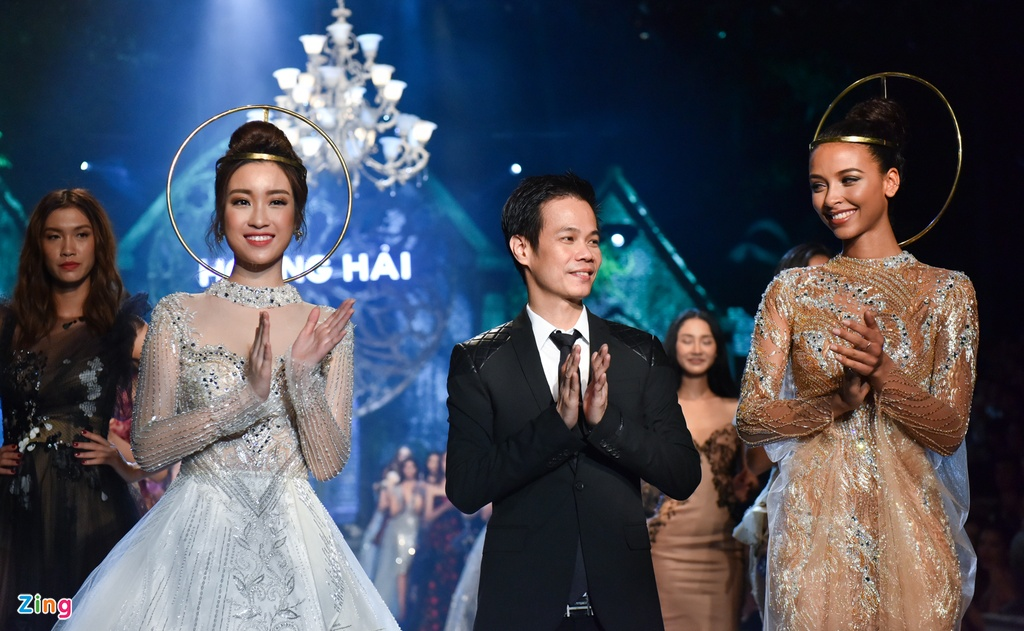 Hoa hau Phap va Do My Linh quyen ru khi lam vedette o show Hoang Hai hinh anh 8