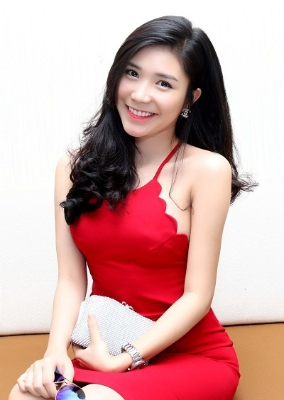 Ban gai Quang Le: 'Moi canh hon Viet Anh phai dien hang chuc lan' hinh anh 1