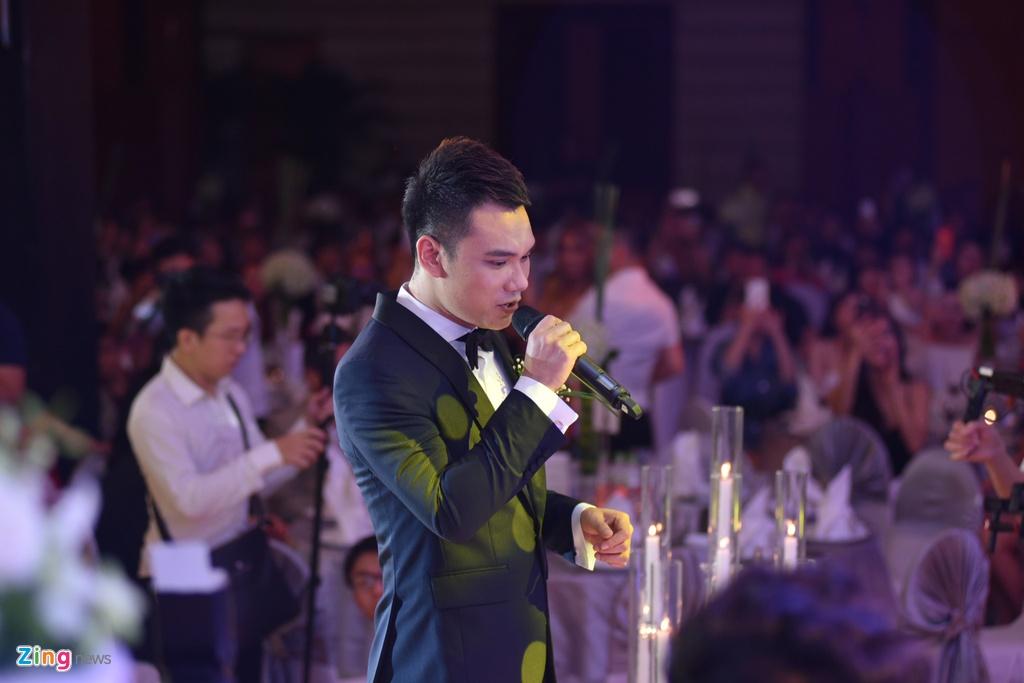Hong Que, Tuan Hung du tiec cuoi ngot ngao cua Khac Viet va vo DJ hinh anh 5