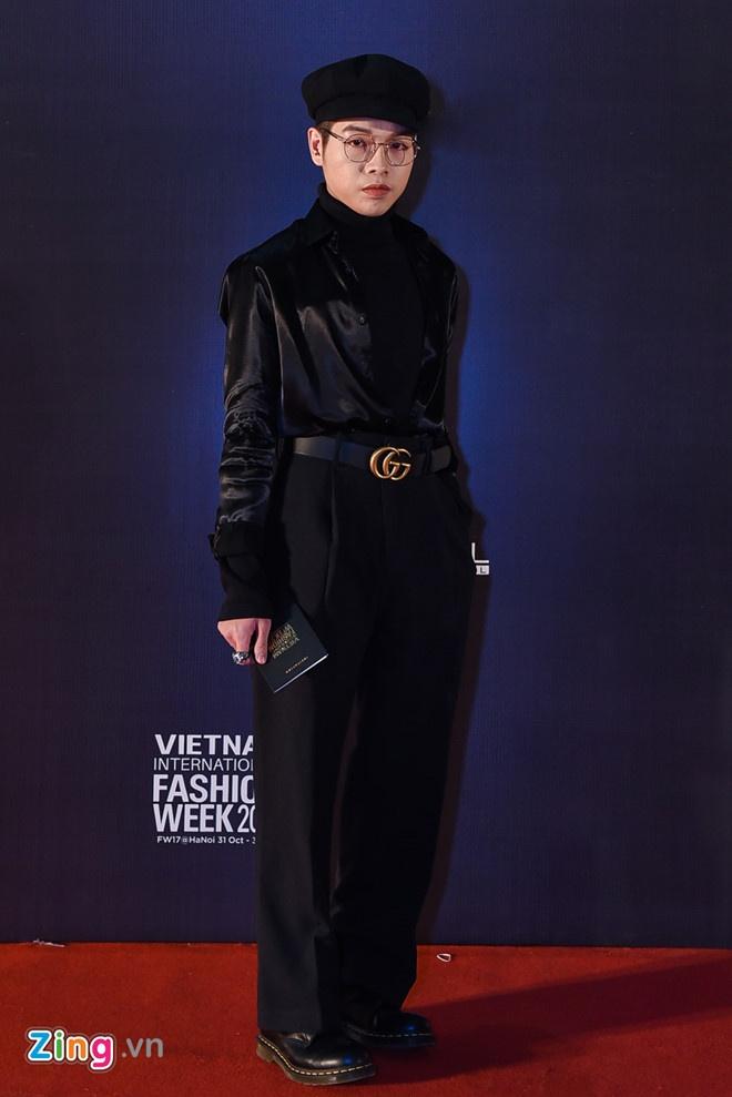 Ca si Viet lien tuc bi to dao nhac Han: Ca Vpop bi anh huong boi Kpop? hinh anh 2