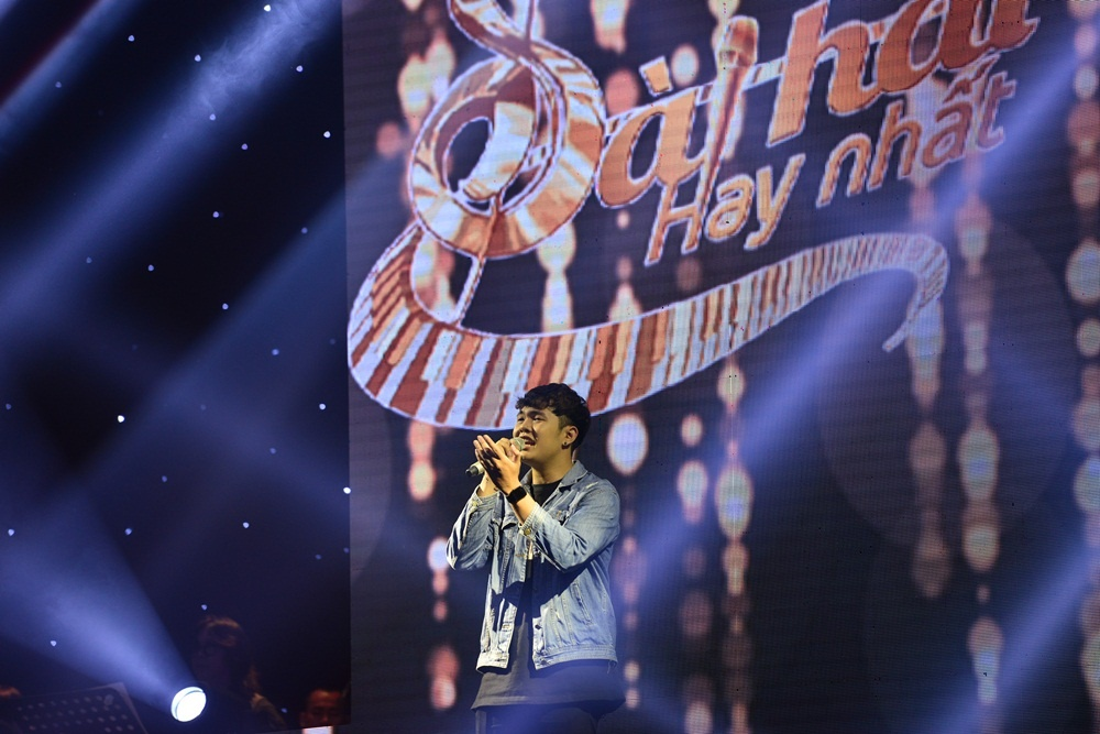 Le Minh Son tranh gianh thi sinh Han Quoc vi ham mo HLV Park Hang-seo hinh anh 5