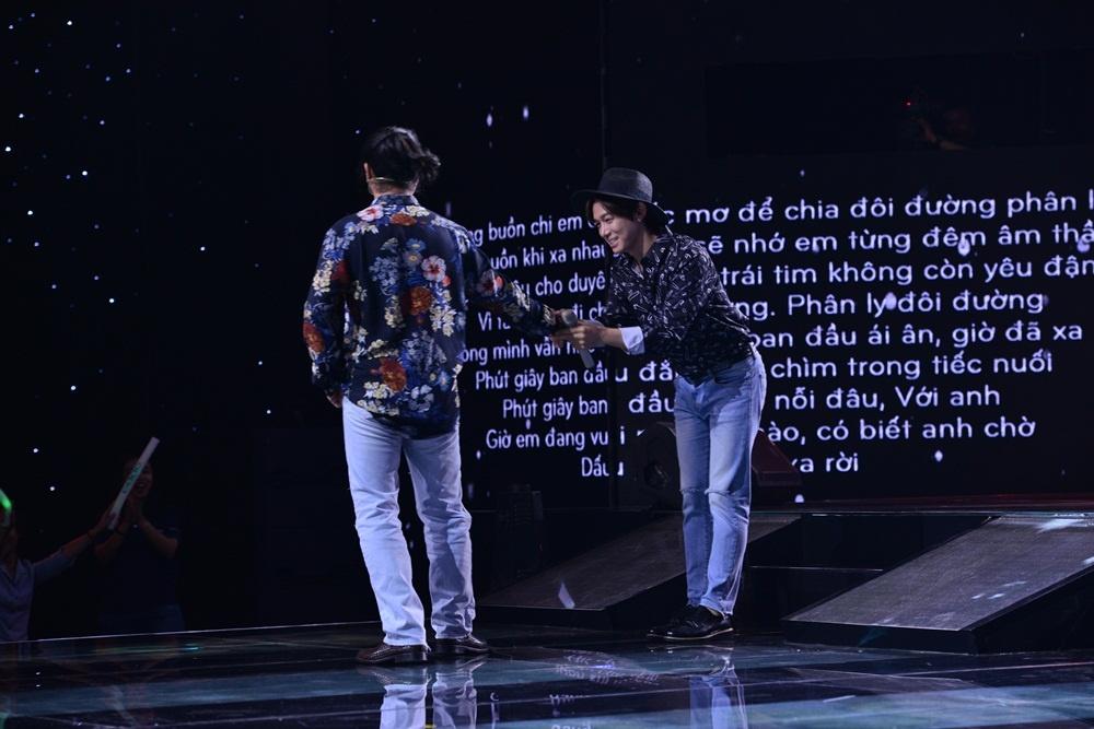Le Minh Son tranh gianh thi sinh Han Quoc vi ham mo HLV Park Hang-seo hinh anh 2